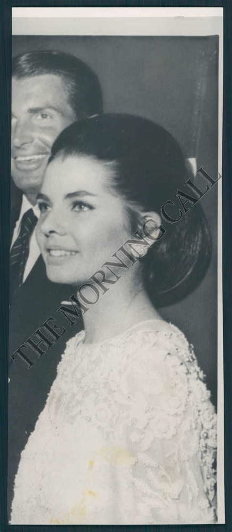 jackie janet the secret lives of janet auchincloss and daughters jacqueline kennedy onassis and radziwill books janet auchincloss rutherfurd jackie kennedy s