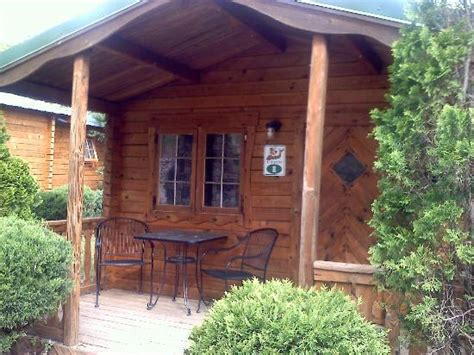 Mammoth Caves Cabins 301 moved permanently