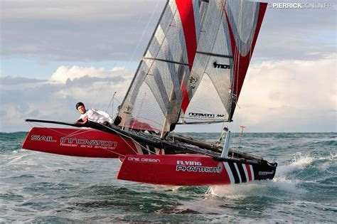 catamaran with hydrofoil smooth speedy sailing with the flying phantom hydrofoil