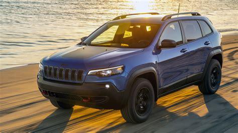 2019 Jeep Trailhawk by 2019 Jeep Trailhawk Drive Photo Gallery