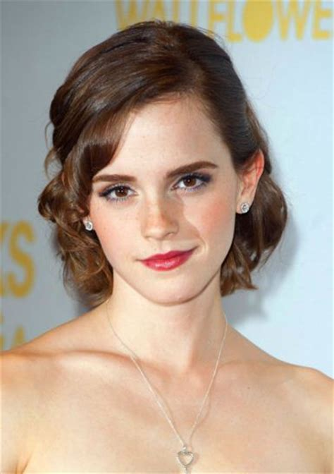 emma watson hairstyle emma watson best hairstyles party casual hair ideas