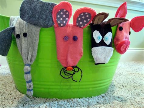 easy sock puppets 17 best images about socks mitjons on sock