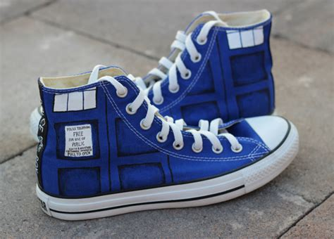 dr who sneakers tardis converse shoes doctor who