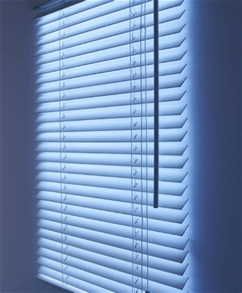 fake window light fake window blinds light geekextreme