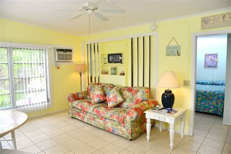bed and breakfast sanibel island sandpiper inn bed and breakfast 720 donax st in