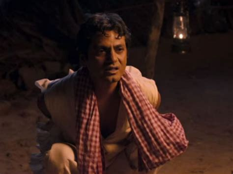 biography of manjhi movie nawazuddin siddiqui manjhi creates a storm nawazuddin