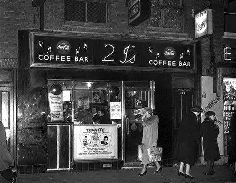 design coffee shop vintage retro coffee shop design ideas