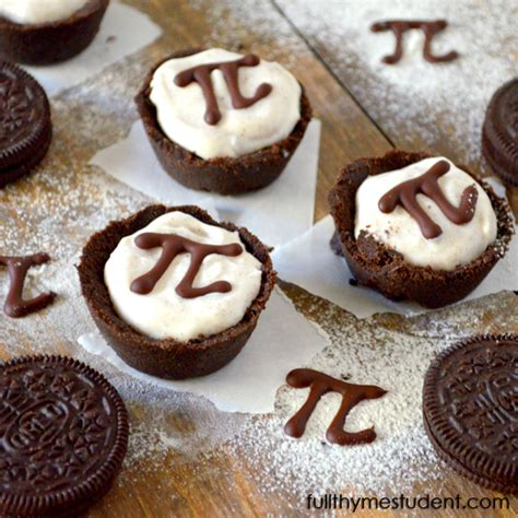 Pies For Pi Day And Other Baking Tools by Mini Oreo Pies For Pi Day Thyme Student Recipes