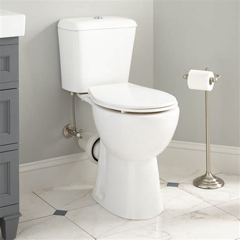 how to a to in the toilet how to replace back outlet toilet the homy design
