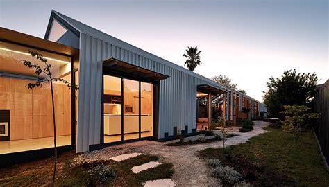 Modern Prefab Cabin cut paw paw house bluescope steel
