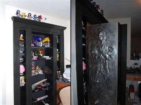 Han Frozen In Carbonite Desk by 12 Coolest Han Items Han Carbonite Han