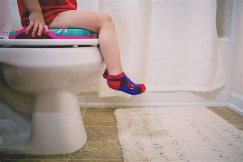 potty stool withholding 7 ways to overcome withholding daily