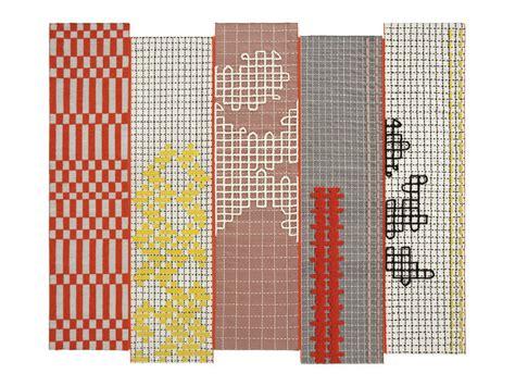 urquiola tappeti tappeto fatto a mano bandas collezione bandas by gan by