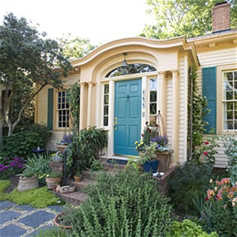 exterior color choices southern living