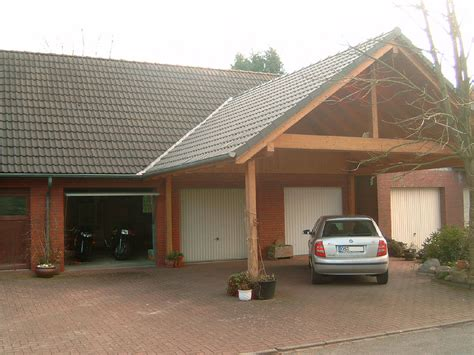 Lovely Small House Plans With Detached Garage #2: 1200px-Carport_In_Front_Of_Garages.jpg