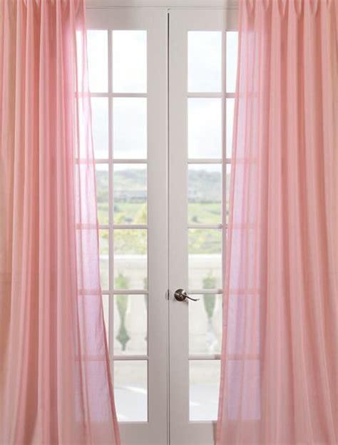 vorhange schlafzimmer pastell gardinen rosa die romantischen farbnuancen schlechthin