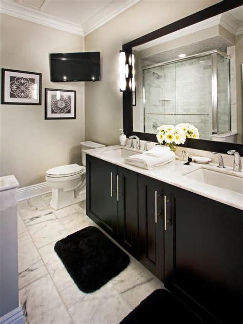 classic black  white bathroom  marble floor hgtv