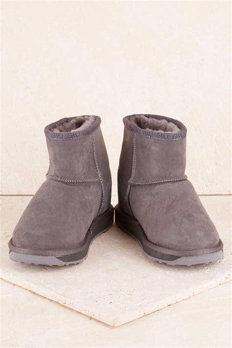 emu womens boots new emu australia womens boots platinum stinger mini ugg