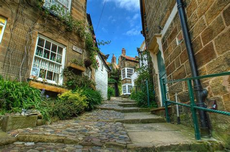 Robinhoods Bay Cottages by Robin S Bay