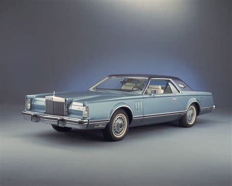 lincoln continentel the lincoln continental is not just any car