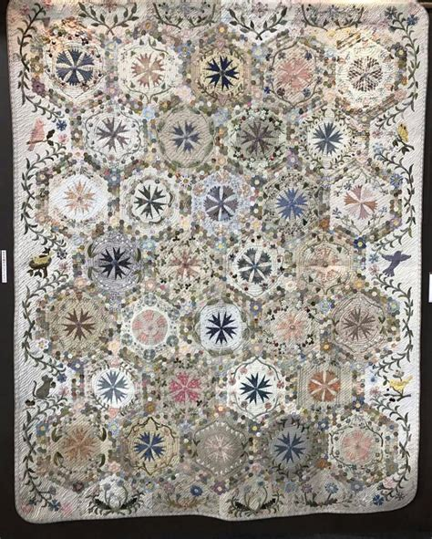 Japanese Taupe Quilt Patterns by 1098 Best Images About Quiltpatroon On Medallion Quilt Log Cabin Quilts And Sler