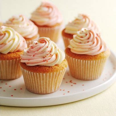 vanilla cupcakes with swirly icing from mary berry s