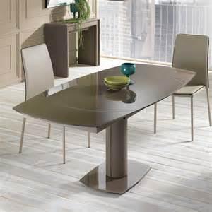 tisch mit glasplatte ausziehbarer tisch zoreca mit glasplatte in braun wohnen de
