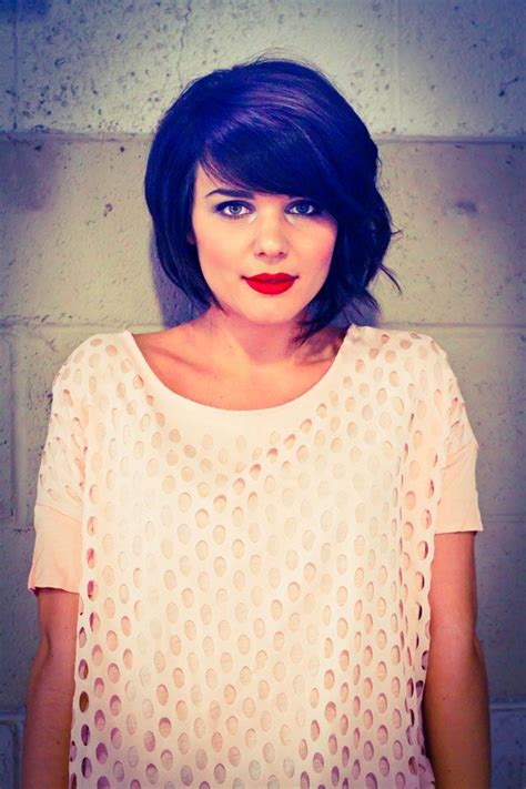 heavy side bang bob best 25 heavy side bangs ideas on pinterest side fringe