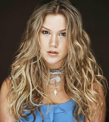 western singers blonde highlight hairstyles country singer blonde hair hairstyle gallery