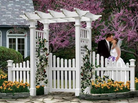 Garden Arbor With Gate White 1000 Ideas About Vinyl Picket Fence On Vinyl