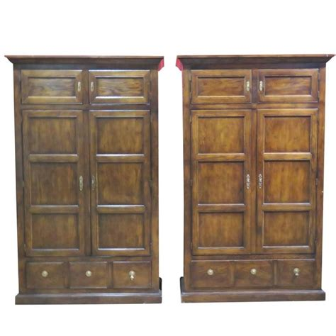 Heritage Wardrobes by Pair Of Henredon Heritage Wardrobes For Sale At 1stdibs