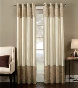 Dressing Room Curtains Designs Dressing Room In A Tiny Apartment Decoration Trend
