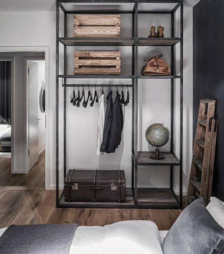 Home And Wardrobe Manly by 25 Best Ideas About Industrial Closet On Pipe