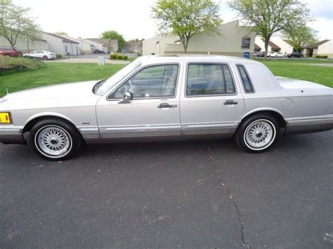 automobile air conditioning repair 1991 lincoln town car parking system find used 1991 lincoln town car 4 door cartier edition 1 owner 52k miles in columbus ohio