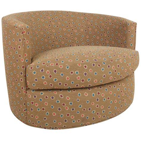 barrel style swivel chair mid century modern milo baughman style barrel back swivel chair for sale at 1stdibs