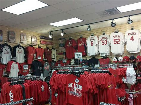 rally house columbia mo rally house columbia shop tigers chiefs cardinals and royals more of your