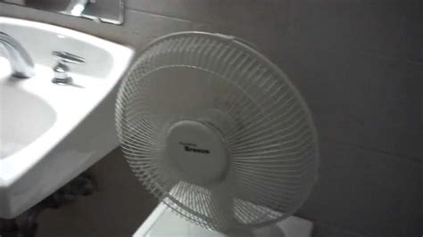 Hawaiian Desk Fan by Hawaiian Desk Fan