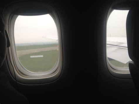 now playing at 35 000 feet united airlines adds free entertain avis du vol united airlines paris newark en economique
