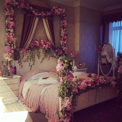 floral bedroom 3 steps to a girly adult bedroom shoproomideas