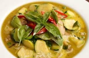 thai kitchen green curry chicken thai green curry wickedfood