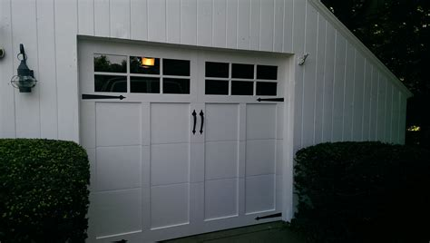 Haas Overhead Doors Haas American Tradition Model 921 Steel Insulated Carriage House Garage Doors In White With 6
