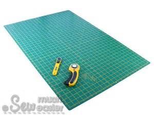 Large Rotary Cutting Mat by Self Healing Mat Large Olfa Blade