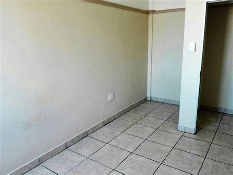 1 bedroom flat to rent in port elizabeth 1 bedroom apartment to rent port elizabeth 1plz1305838