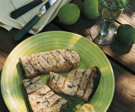 cucinare pesce spada alla piastra pesce spada alla piastra la ricetta per preparare il