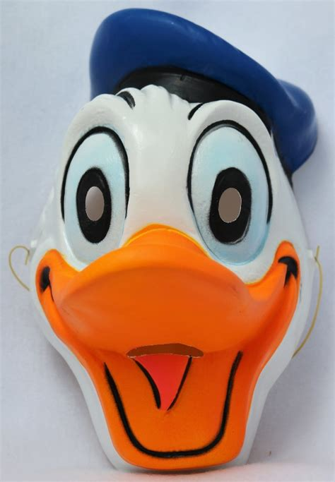 vintage walt disney donald duck halloween mask cesar