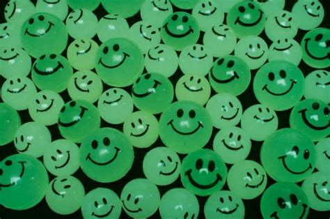 Smile Glow In The glow in the smile balls 144 pc ebay