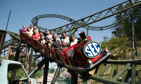 dolly boat ride what if sec football teams were rides at dollywood