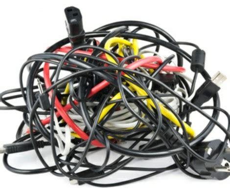 kabelsalat verstecken kreative ideen kabel im kinderzimmer verstecken fernseher vor fenster