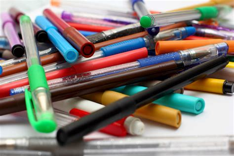 Colored Marker Pen 7 tips for storing colored pencils markers and pens