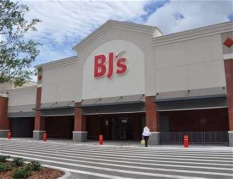 bj s bj s wholesale club moves up opening for port orange store